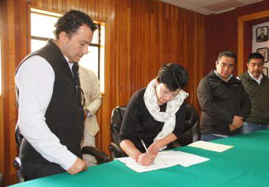 Para mejora de trámites y servicios, instalan la comisión regulatoria en Acaxochitlán