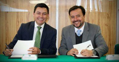 UTec y UPT firman convenio de colaboración en beneficio de los estudiantes.