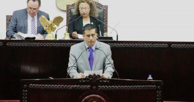 Propone Daniel Andrade, adecuaciones a la ley orgánica del poder legislativo