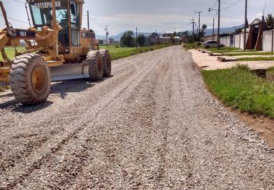 Realizan labores de rehabilitación del acceso a Valle Verde y CECyTEH