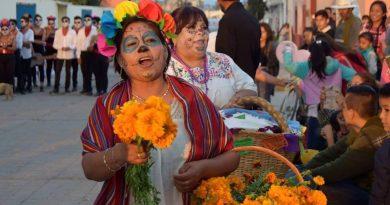 Exitoso el primer concurso de comparsas en San Salvador