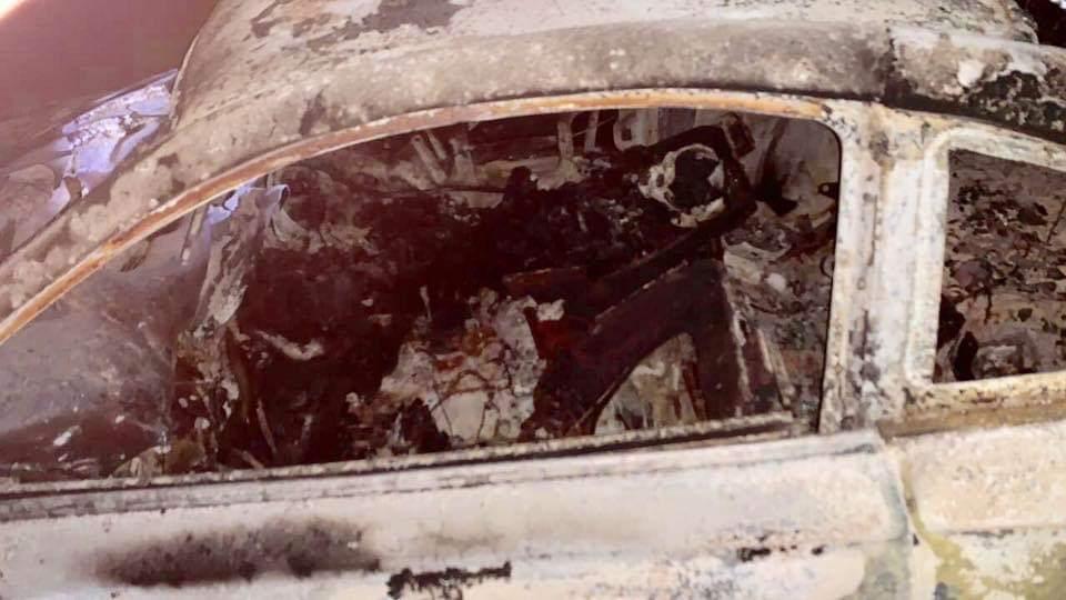 Dos calcinados en incendio de automóvil en Cuautepec