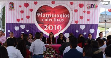 Contraen matrimonio 19 parejas en Santiago Tulantepec