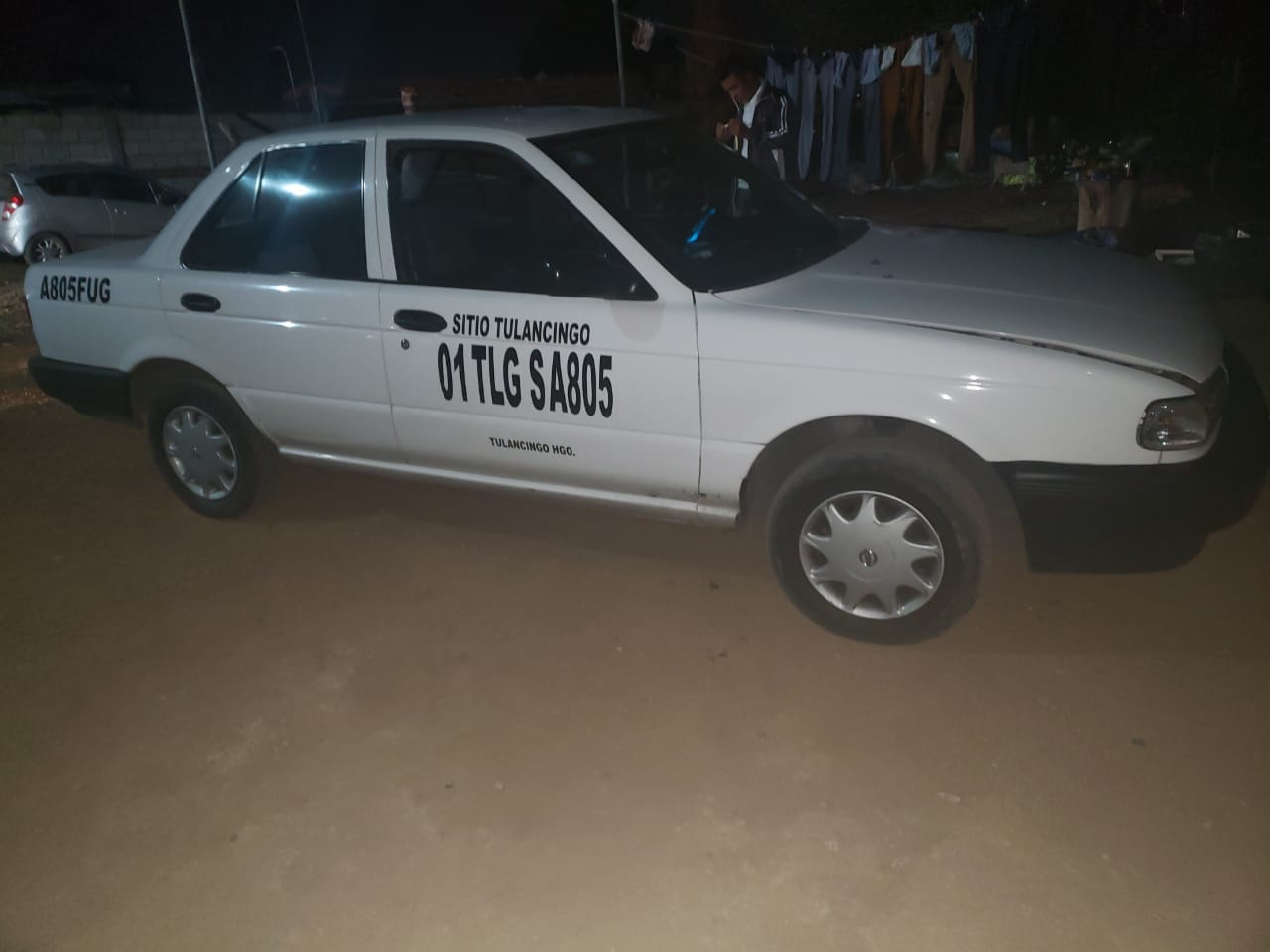 Roban taxi y minutos después recuperan la unidad en la comunidad de los Romeros