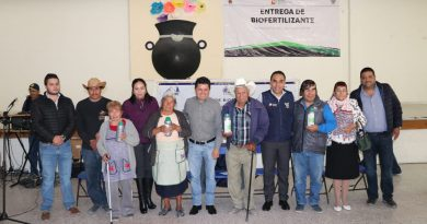 Entrega  SEDAGROH biofertilizante en Atotonilco de Tula, Hidalgo